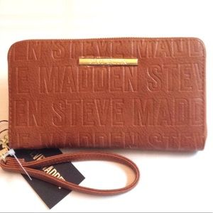 Steve Madden | zip around wallet